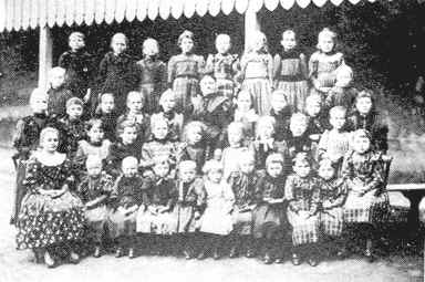 Photo de classe vers 1890