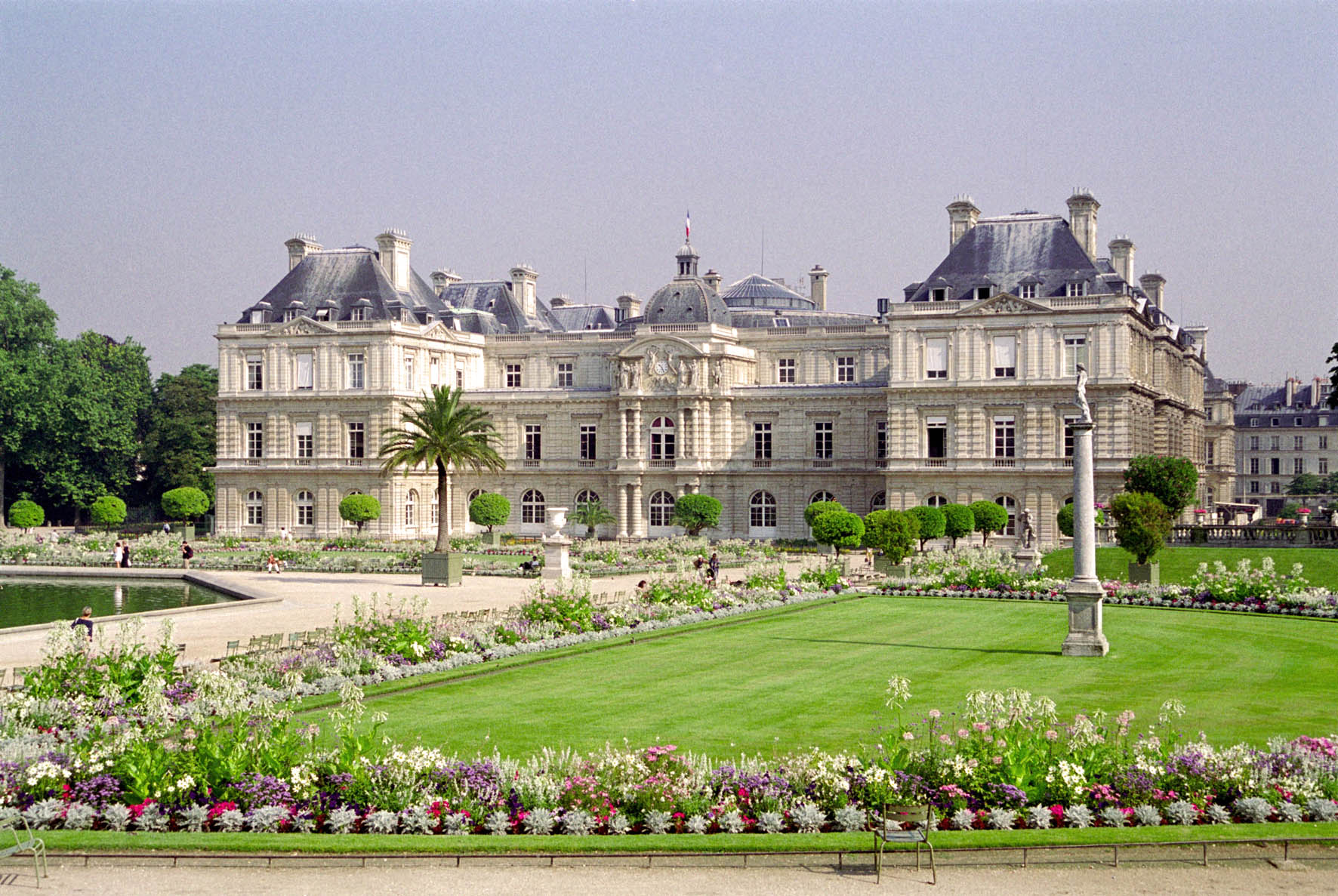Fa ade sud c t jardin du luxembourg 8 s nat for Jardin du luxembourg hours