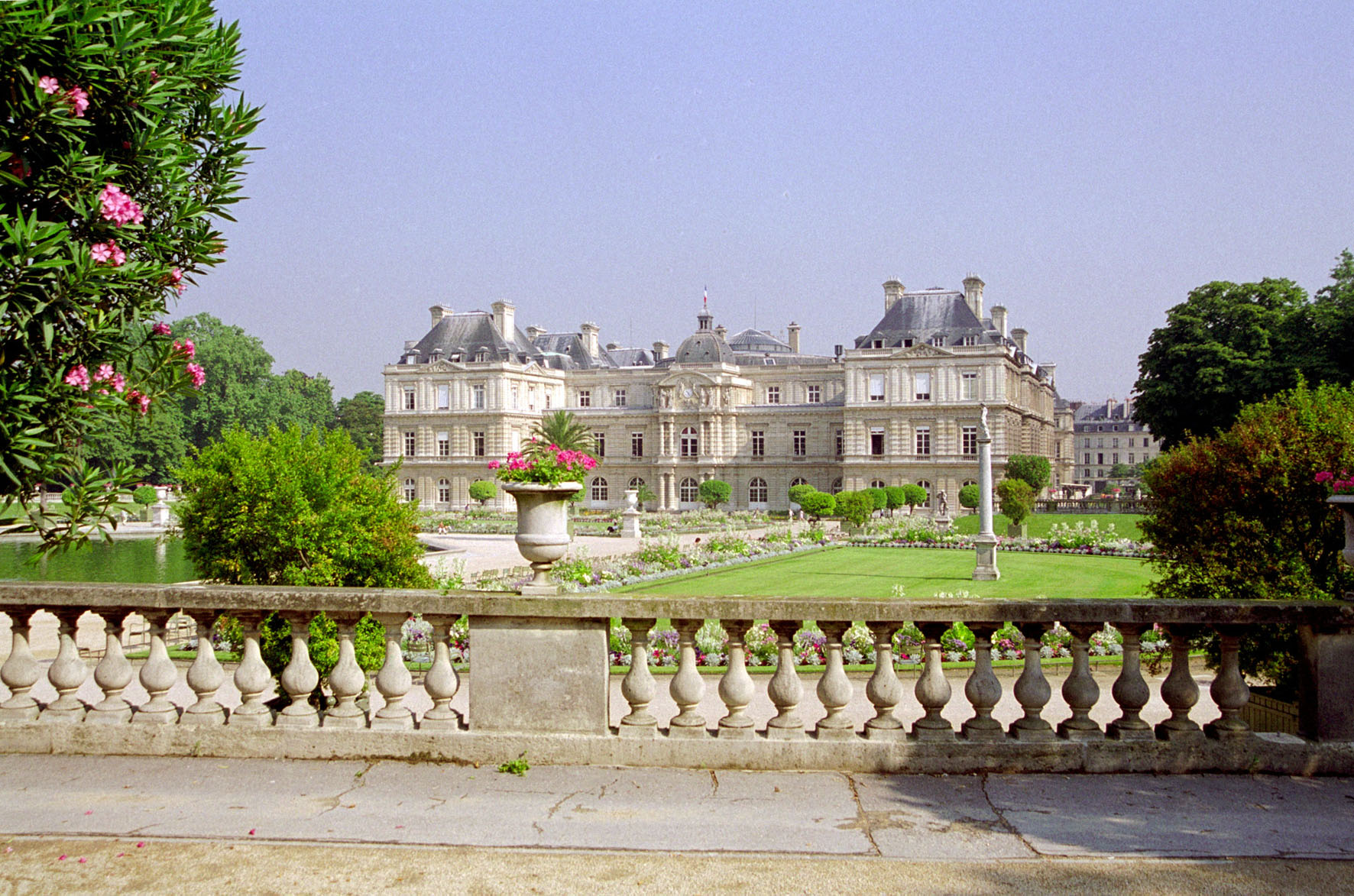 Jardins du luxembourg for Jardin luxembourg horaires